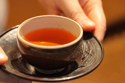 人生不过一杯茶