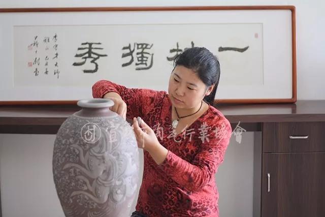 宜兴陶艺界入选1