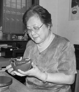 宜兴紫砂壶名家谢曼伦