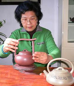 宜兴紫砂壶名家张红华