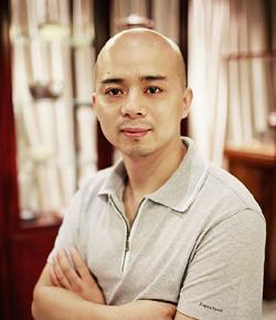 龙八娱乐网上娱乐名家范泽锋老师照片