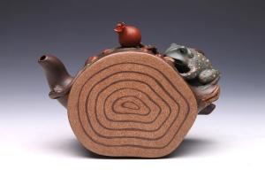 灵蛙石榴壶
