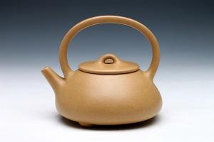 宜兴紫砂壶提粱石瓢壶