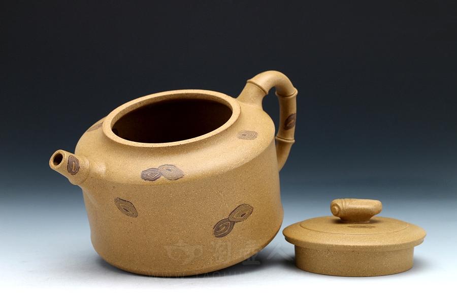 宜兴紫砂壶名家周伯娟紫砂壶-知足(段泥)壶