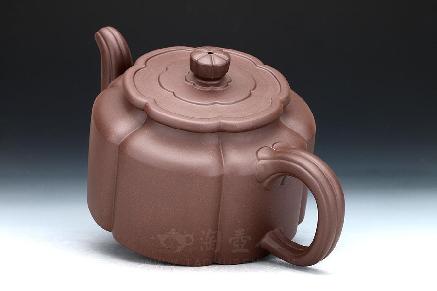 宜兴紫砂壶名家陈夕良紫砂壶-梅花周盘壶