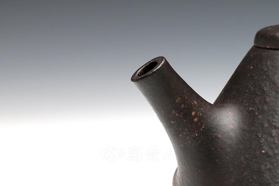 宜兴紫砂壶名家汪梅芳紫砂壶-石瓢壶