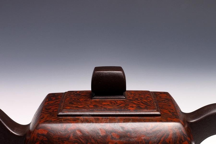 犀皮方簏壶