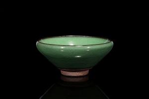 柴烧翡翠绿盏
