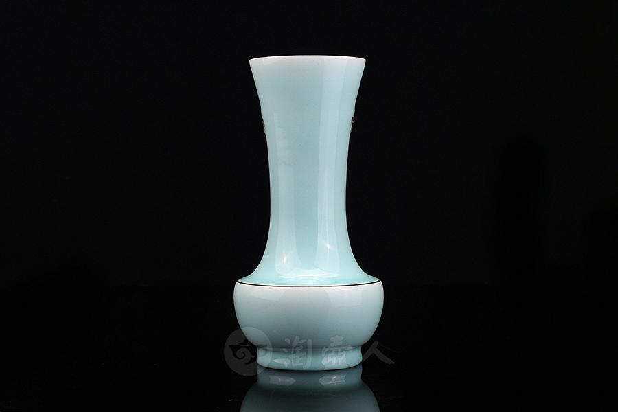 雪凝紅梅·花瓶