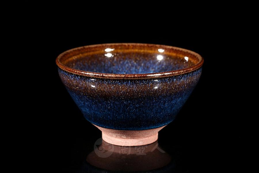 烏金回藍釉盞