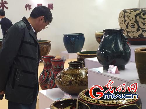 宜兴均陶首次参展无锡设博会
