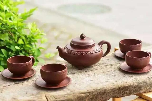 紫砂色彩与泡茶的关系