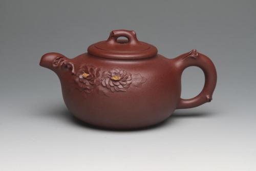鲍雯君老师紫砂壶被定为第13届中国-东盟博览会国宾紫砂壶